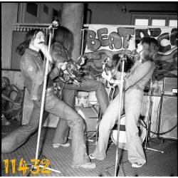 Beatrice együttes, Nagy Feró, Csuka Mónika, zene, rock, művész, Budapest, eredeti NEGATÍV! Fotó negatív!  1970-es évek