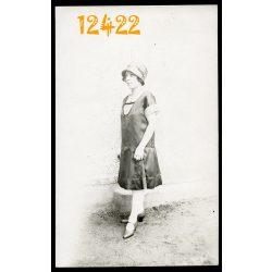 Eredeti fotó, papírkép. Dreher Ilike, ifj. Dreher Ignácz lánya 1920-as évek, portré, híres személy, család, divat, kalap, Magyarország