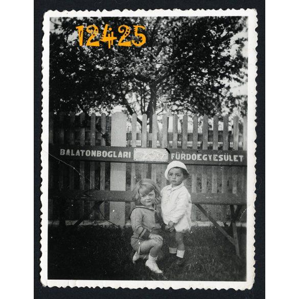Balatonboglári Fürdőegyesület, 'Az Est' reklám, gyerekek, Balaton, fürdő,  1930-as évek, Eredeti fotó, papírkép.