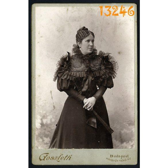 Goszleth István műterme, elegáns hölgy legyezővel, Budapest, portré, 1890-es évek, Eredeti kabinet fotó.