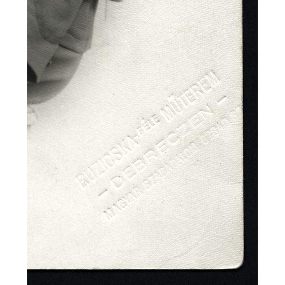 K. U. K. katona, 1. világháború, Debrecen, Ruzicska műterem, egyenruha, 1916. július 27., eredeti fotó, papírkép.