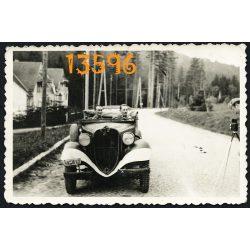 Eredeti fotó, papírkép. közlekedés, jármű, katonai autó, kabrió, fényképezőgép, 2. világháború 1940-es évek,