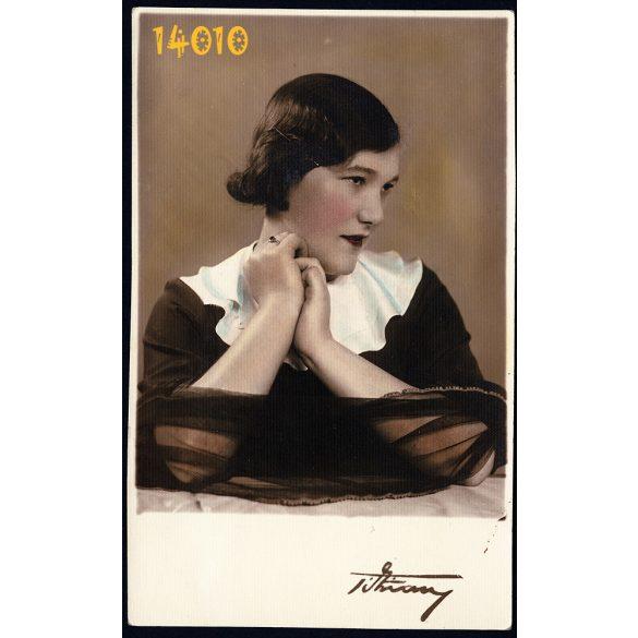Tihanyi műterem, kézzel színezett fotó, elegáns hölgy fátyollal, 1920-as évek, Budapest,  Eredeti fotó, papírkép.