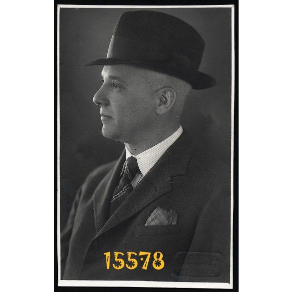 Barna műterem, Miskolc, elegáns úr kalapban, portré, 1920-as évek, Eredeti fotó, papírkép.