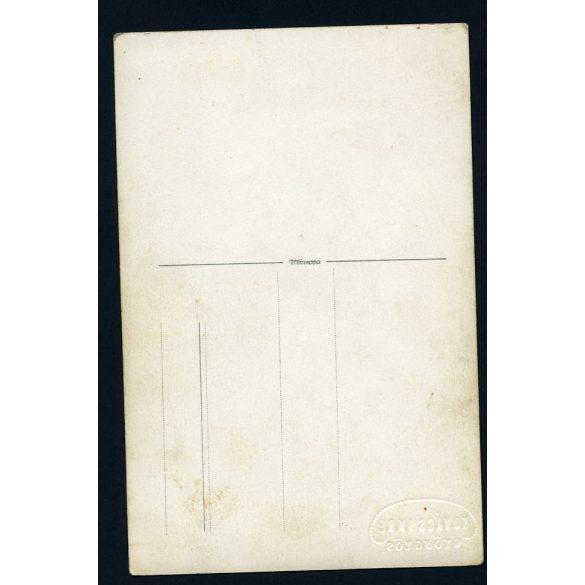 Kovács műterem Gyöngyös, elsőáldozó különös háttérrel, ünnep, egyház, 1930-as évek, Eredeti fotó, papírkép.