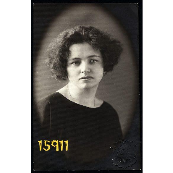 Diskay műterem Budapest, csinos hölgy portréja, szignózva, 1920-as évek, Eredeti fotó, papírkép.