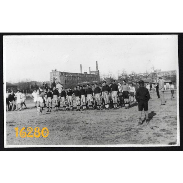 Budapest, Újpest, foci, sport, Szenc-Vízművek 6:0 labdarúgás, városkép, 1939 április 10.  Eredeti fotó, papírkép