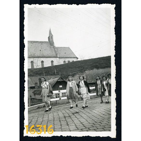 Erdély, Kolozsmonostor (Cluj-Mănăștur), Kálvária templom, Kolozsvár, település 1942, Magyarország, Románia, Eredeti fotó, papírkép.