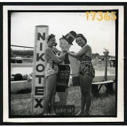 Nikotex, csuda jó! Cigaretta, reklám, vicces, fürdőruha,Magyarország, 1930-as évek,  Eredeti fotó, papírkép.