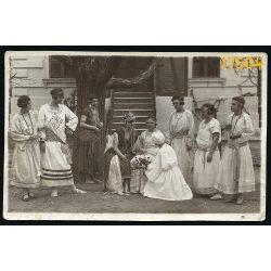 Lugoj (Lugos), Tarko műterem, Erdély, elegáns lányok jelmezben 1920-as évek, Románia Eredeti fotó, papírkép.