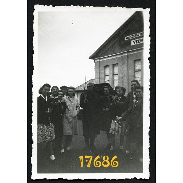 Magyar katona a kolozsvári Vízműveknél, Szászfenes, Erdély, egyenruha, 2. világháború, 1942, Eredeti fotó, papírkép.