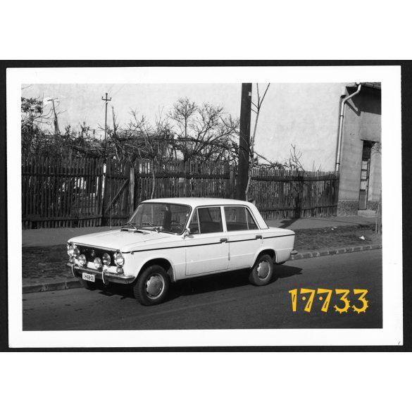 Zsiguli 1200 személygépkocsi, autó, jármű, közlekedés,  Eredeti fotó, papírkép.