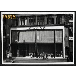 Lipcsei Vilmos divatháza, Ferenciek tere, Kígyó utca, Budapest, üzlet, kirakat,  1930-as évek, Eredeti fotó, papírkép.