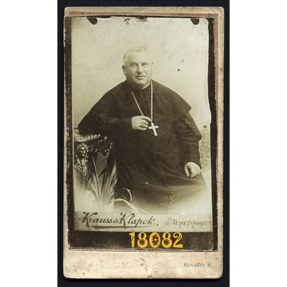 Krauss és Klapok műterem, Temesvár, egyházi elöljáró, Lakcsek János szignózott portréja, vallás, 1871, 1870-es évek, Eredeti CDV, vizitkártya fotó.       .