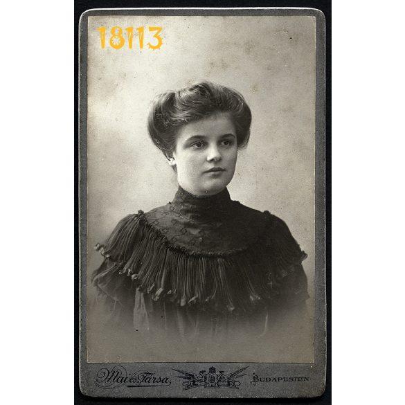 Mai és Társa műterem, elegáns hölgy portréja, Budapest, 1900-as évek, Eredeti CDV, vizitkártya fotó.