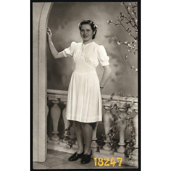 Csatáry műterem, Temesvár, Timisoara, csinos lány portréja, 1942, 1940-es évek, Eredeti fotó, papírkép.