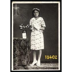 Bangó Margit bérmálkozási fotója, Szeged, különös háttér, vallás, egyház, 1942, 1940-es évek, Eredeti fotó, papírkép.
