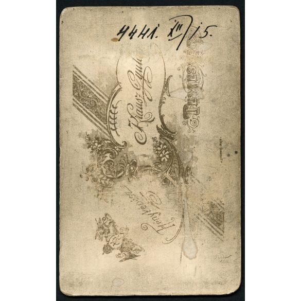 Krausz műterem, Temesvár, Erdély, elegáns férfi bajusszal, csokornyakkendővel,  1899, 1890-es évek, Eredeti CDV, vizitkártya fotó.