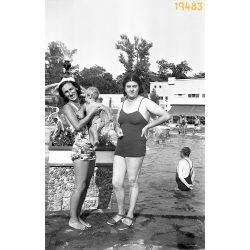 Palatinus strandfürdő, fürdőruha divat, Margit-sziget, Budapest, 1930-as évek, Eredeti fotó negatív!