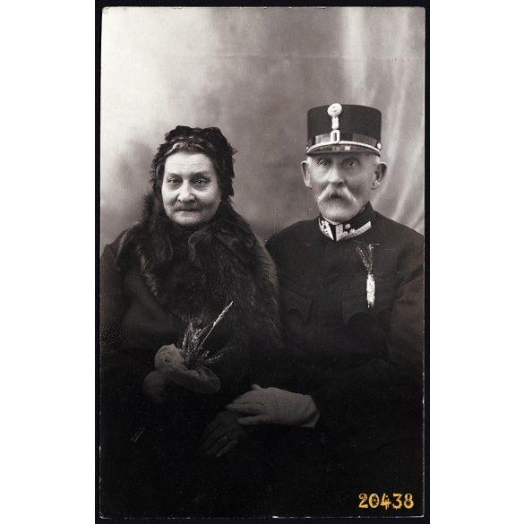 Mesterházy műterem, Celldömölk, aranylakodalom, egyenruha, ünnep, 1930-as évek, Eredeti fotó, papírkép.