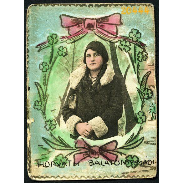 Horváth műterem, Balatonalmádi, Horváth Teréz portréja, Felsőnyék, Kenderföldi utca, 1930-as évek, Eredeti kézzel színezett fotó, papírkép.