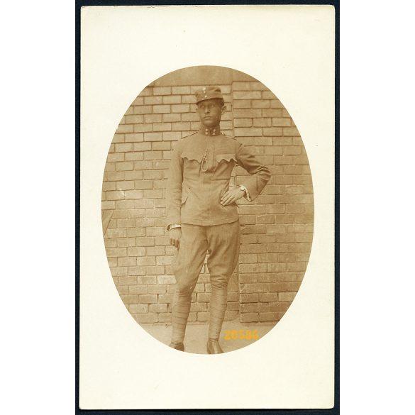 Katona, tizedes egyenruhában, karórával, 1. világháború,  1910-es évek, Eredeti fotó, papírkép.