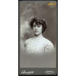 Goszleth István műterme, elegáns hölgy, Budapest, portré, 1903, 1900-as évek, Eredeti nagyobb méretű kabinet fotó.