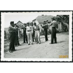 Leventék puskával. Egyenruha, 2. világháború, katonai, 1940-es évek, Eredeti fotó, papírkép.