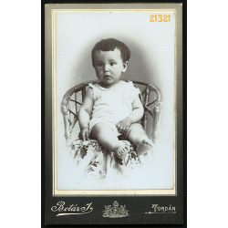 Botár műterem, Torda, Erdély, kisgyerek különös szemekkel, portré, 1880-as évek, Eredeti CDV, vizitkártya fotó.