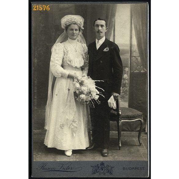 Rasem műterem, esküvő, menyasszony virágokkal, Budapest, 1900-as évek, Eredeti kabinet fotó.