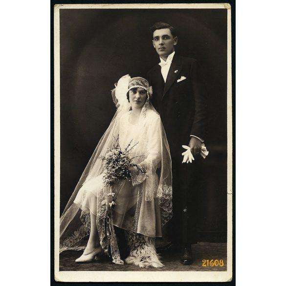 Szombathy nővérek műterme, Cegléd, esküvő, menyasszony, elegáns pár,  1930-as évek, Eredeti fotó, papírkép.