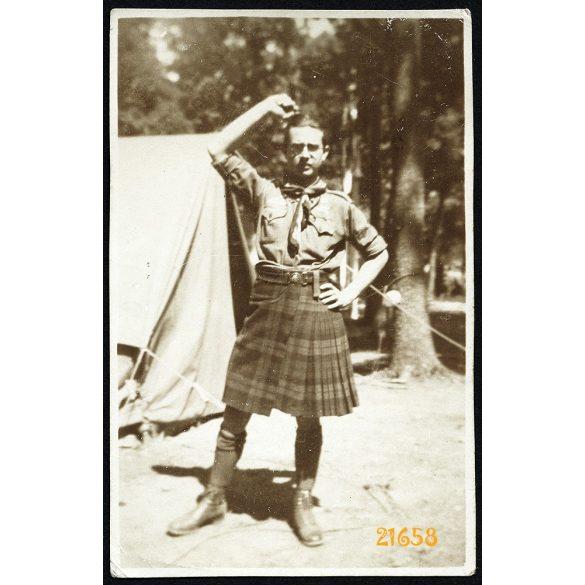 Cserkész Világtalálkozó, Jamboree, Dzsembori, skót cserkész egyenruhában, 1933, 1930-as évek, Eredeti fotó, papírkép.