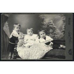 Kiss műterem, Késmárk, Felvidék, elegáns gyerekek portréja, különös háttér, 1880-as évek, Eredeti kabinet fotó.
