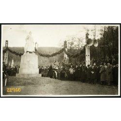 Salgótarján, Báthory szobor avatása a katonai laktanya előtti téren, 1933, 1930-es évek, Eredeti fotó, papírkép.