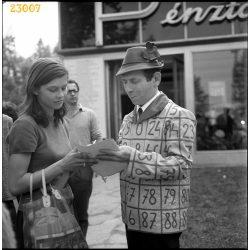 Kabos László, Kiskabos, Lottó Ottó dedikál, OTP, színész, vicces, reklám, 1960-as évek, Eredeti fotó negatív!