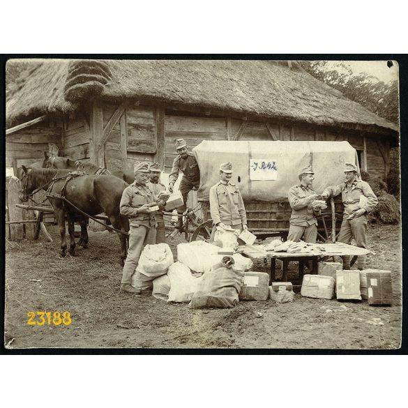 Tábori posta, 1. világháború, magyar katonák egyenruhában,  1910-es évek, Eredeti fotó, papírkép.