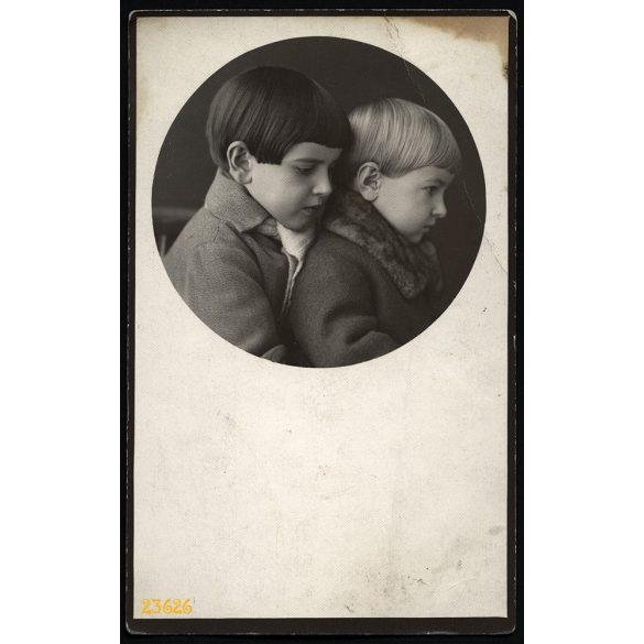 Vidovits műterem, Kunhegyes, testvérek, gyerekek, portré, 1930-as évek, Eredeti fotó, papírkép.