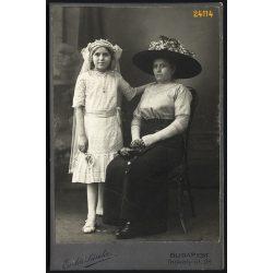 Erdős műterem, elsőáldozó lány édesanyjával, ünnep, kalap, Budapest, portré, 1912, 1910-es évek, Eredeti nagyméretű (!) kabinet fotó.