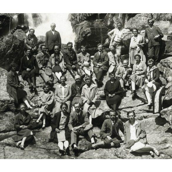 Kirándulók a Tarpataki-vízesésnél, Magas-Tátra, Felvidék, 1929, 1920-as évek, Eredeti fotó, papírkép.