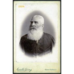 Csonka műterem, Marosvásárhely, Erdély, szakállas úr portréja, 1890-es évek, Eredeti kabinet fotó, hátoldalon a mester műtermének rajza.