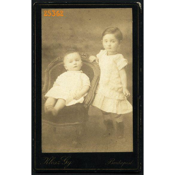 Klösz műterem, Budapest, elegáns gyerekek, testvérek egész alakos portréja, 1880-as évek, Eredeti CDV, vizitkártya fotó.