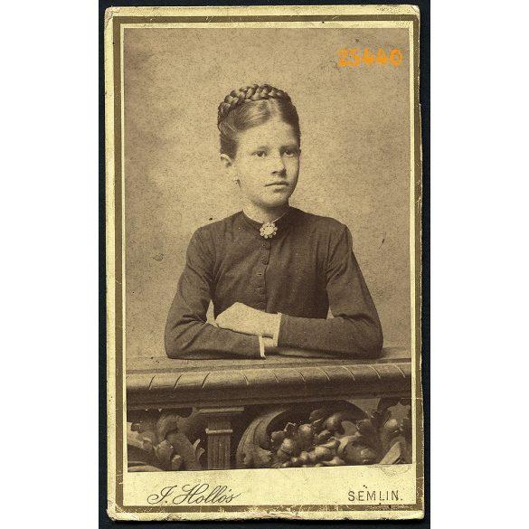 Hollós műterem, Zimony (Semlin), Vajdaság, fiatal lány, Lisztl Ilona portréja, 1880-as évek, Eredeti CDV, vizitkártya fotó.