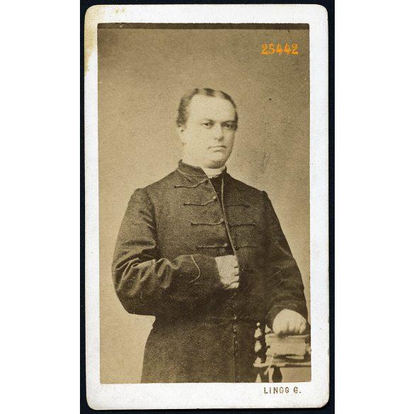 Lingg műterem, Nagykanizsa, Morkovits (?) János, gelsei plébános portréja, egyház, 1860-as évek, Eredeti CDV, vizitkártya fotó.