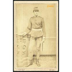 Kohaut műterem, Ofen (Buda), Szita Elek portréja, katona, bajonett, egyenruha, 1874, 1870-es évek, Eredeti CDV, vizitkártya fotó.