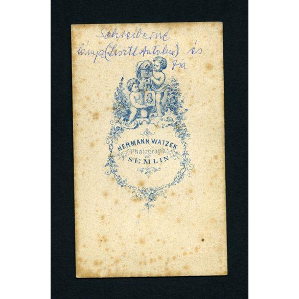 Watzek műterem, Zimony (Semlin), Vajdaság, Schreiberné lánya (Lisztl Antalné) és fia egész alakos portréja, 1860-as évek, Eredeti CDV, vizitkártya fotó.