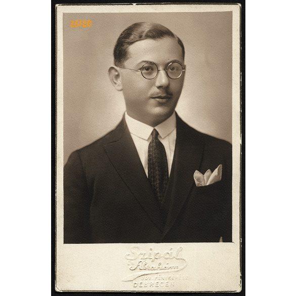 Szipál Ábrahám műterme, Debrecen, ifj. Vecseri Lajos református lelkész portréja, szemüveg, 1930-as évek, Eredeti fotó, papírkép.