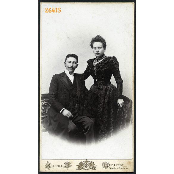 Steiner műterem, Budapest, elegáns házaspár portréja, 1890-es évek, Eredeti nagyméretű (!) kabinetfotó.