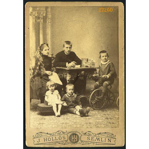 Hollós műterem, Zimony, (Semlin), Vajdaság, Lisztl gyerekek(Tomi, Ilonka, Józsi, Franci, Annuska), kerékpár, játék, 1890-es évek, Eredeti kabinetfotó.