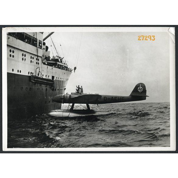 Heinkel HE 115, német torpedó bombázó, hidroplán, repülőgép, katona, 2. világháború, hajó, 1940-es évek, Eredeti fotó, papírkép, sarka sérült..