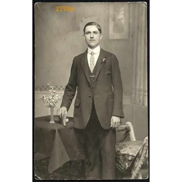 Mierzinsky műterem, Temesvár (Omor) Erdély, elegáns férfi, Császár János portréja, 1916, 1910-es évek, Eredeti fotó, papírkép.